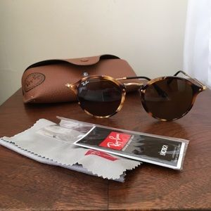 Ray Ban classic fleck icon sunglasses